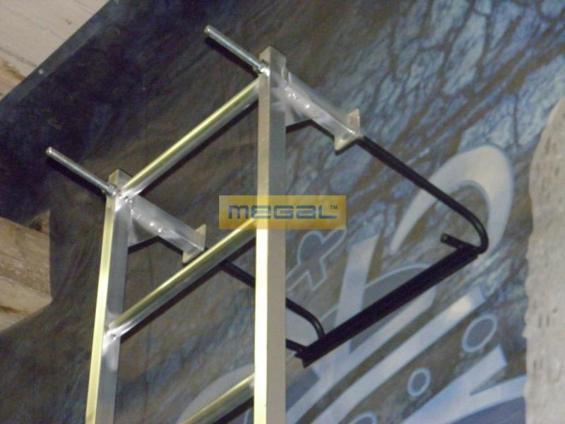 Лестница из профильной трубы своими руками фото